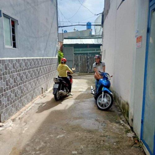Nhà 3 x 6 1 Trệt 1 Lầu ,Giá 830tr SHR 2/ Nguyễn Văn Quá ,Quận 12 .TPHCM.