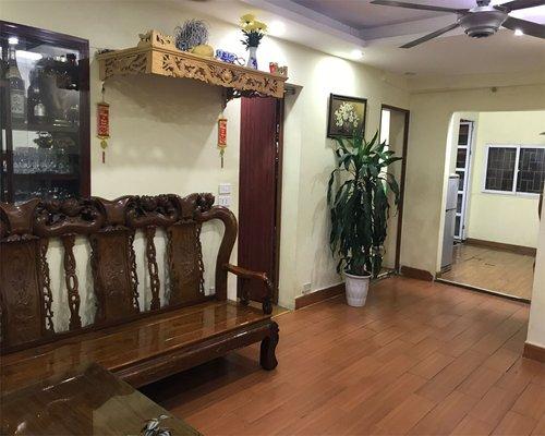Chính chủ bán gấp nhà tầng 2 –B8- Khu tập thể nghĩa Tân, Cầu Giấy, DT 80m2 Giá 1.85 Tỷ LH 0777396746