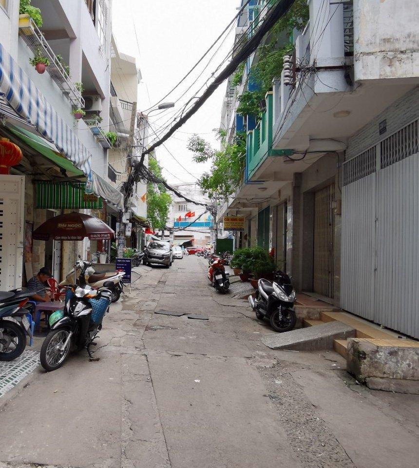 Bán Nhà Mặt Tiền Đẹp, Đường Phan Văn Trị